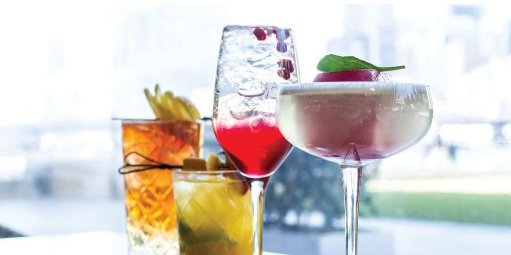 Try Planar has an extensive Drinks List at Darling Harbour